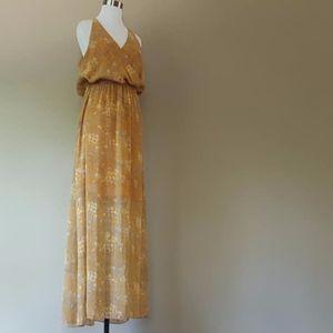 Long Dress Lined Gianni Bini  Medium Gold Silver